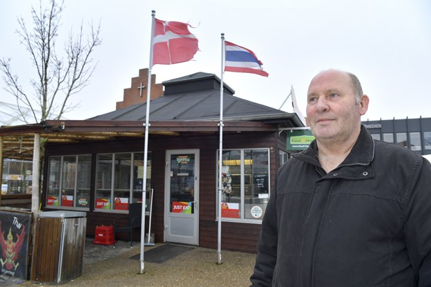 Kommunen opsagde Lars og hans grillbar: Kan ikke få en ny plads