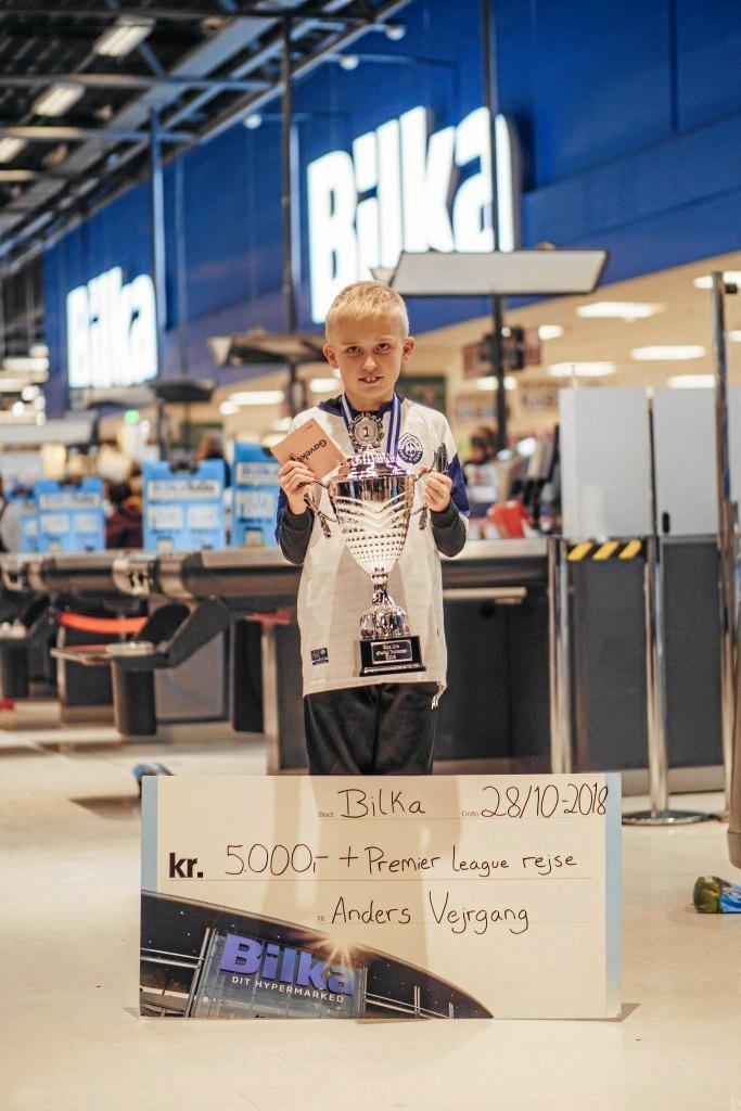 12-årig fra Hjørring moser alle FIFA-modstandere foran skærmen