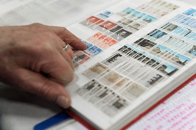 Ud over frimærker vil der også være møntsamlere og samlere af alt muligt til stede i Maskinhallen. Arkivfoto: Torben Hansen