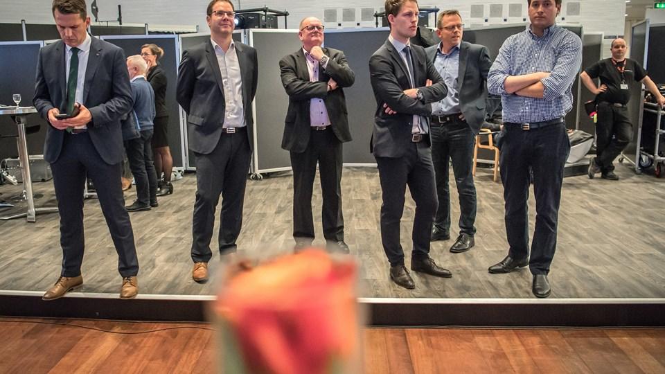 Kristoffer Hjort Storm (længst til højre i billedet) og DF peger på Thomas Kastrup-Larsen (S) som borgmester. Det betyder bl.a., at Kristoffer Hjort Storm (DF) bliver 1. viceborgmester.