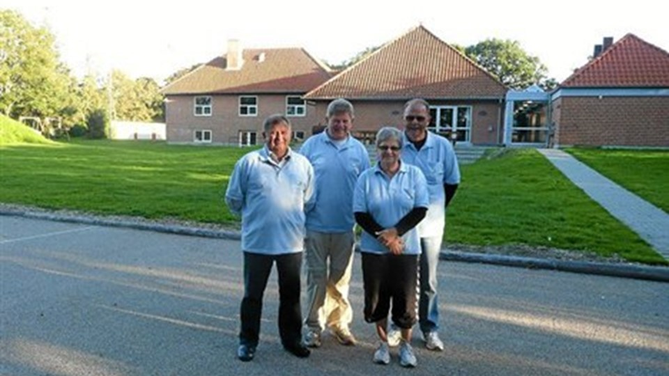 AIF2' puljevinderE. Fra venstre Harry Jensen, Svend Poulsen, Anne-Grethe og Niels Jørn Søborg.