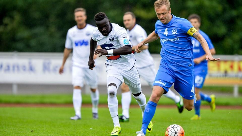 Moses Opondo (tv.) scorede to gange for Vendsyssel FF mod Skive IK. Foto: Nicolas Cho Meier