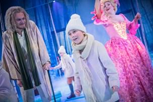 "Dickens: ""Et juleeventyr"" er et rent overflødighedshorn"