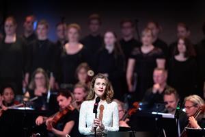 Danmarks Underholdningsorkester fik Sebastians sange til af funkle som stjerner