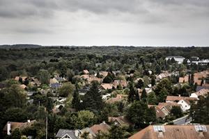 Færre og dyrere huse at vælge mellem på boligmarkedet