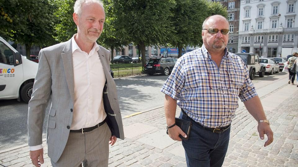 Claus Thomsen, der er direktør i Divisionsforeningen, (th.) vurderer, at Superligaen i næste sæson bliver mere fair. Foto: Søren Bidstrup/arkiv/Ritzau Scanpix