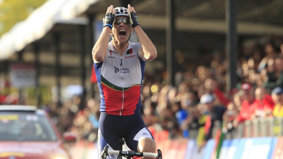 Alberto Rui Costa jubler over sin sejr.  Foto: Luk Benies/AFP/Scanpix