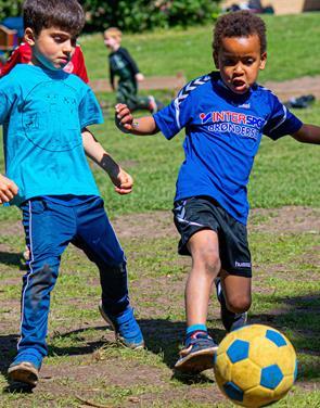 Fodbold skaber fællesskab