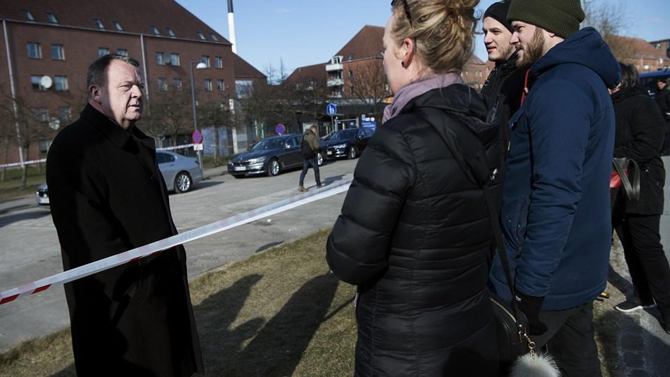 I Mjølnerparken var blandt andre statsminister Lars Løkke Rasmussen (V) mødt op for at præsentere regeringens ghettoudspil. Foto: Scanpix/Liselotte Sabroe
