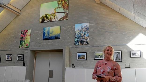 Lena Rosing udstiller fotos på Galleri Munken. Privatfoto