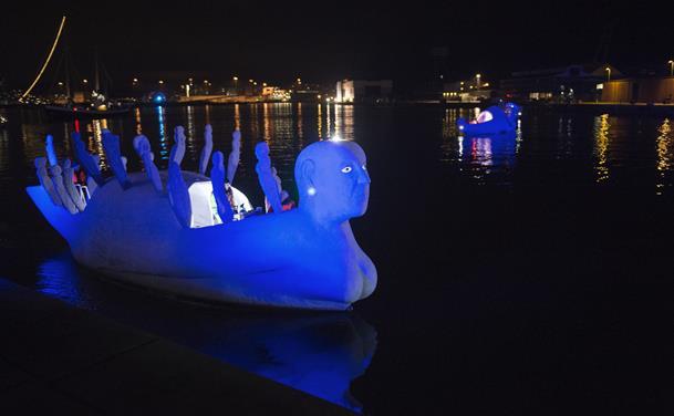Sejlende skulpturer til Sæby og Strandby