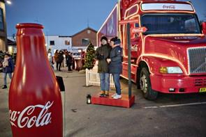 Julelastbilen bragte julestemning til byen