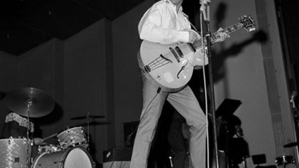 Tommy Steel som han så ud engang i 1960'erne under en koncert i KB Hallen i København.Foto: Scanpix