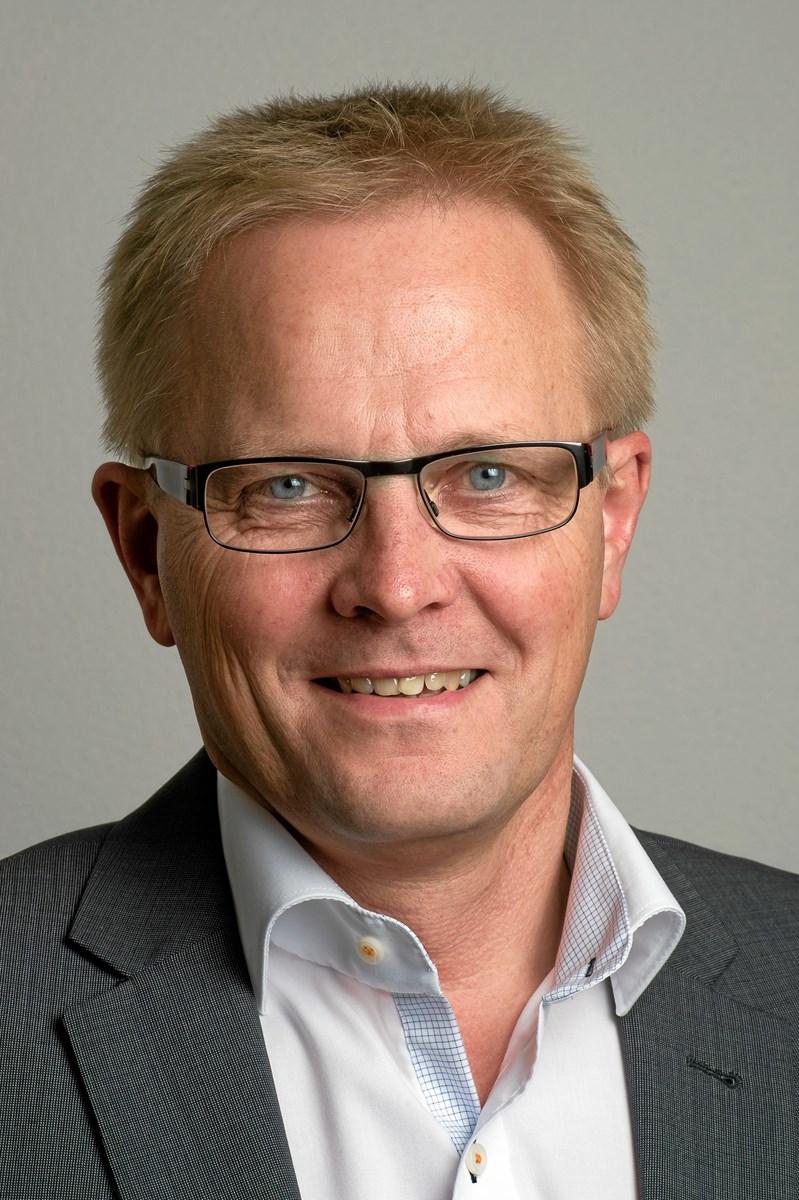 - Det er regionspolitikernes ansvar at løse problemet, siger Hans Ejner Bertelsen.