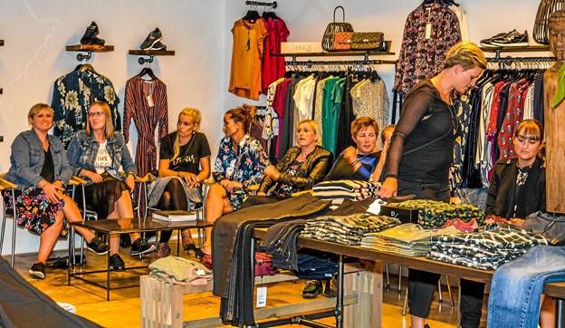 Amela B. har skabt sit helt eget sortiment af dametøj siden overtagelsen. Foto: Mogens Lynge