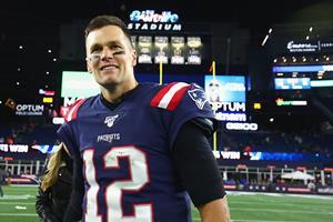 Tom Brady passerer Peyton Manning på NFL's kasteliste