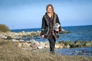 Forfatter med international anerkendelse: Hendes  hjerte banker for de klemte børn