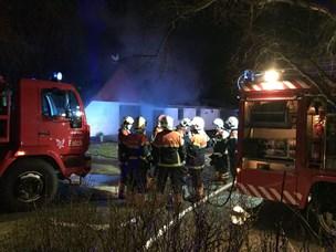 Ejer opdagede brand, da bygning var overtændt