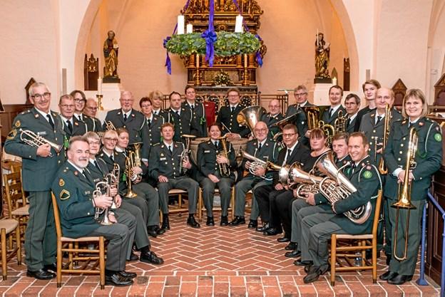 Hjemmeværnets Musikkorps, Nordjylland, er et Brass Band bestående af messingblæsere og en slagtøjsgruppe. Pr-foto.