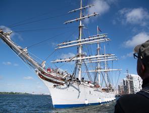 Master, matroser og musik: Nu er Tall Ships i gang