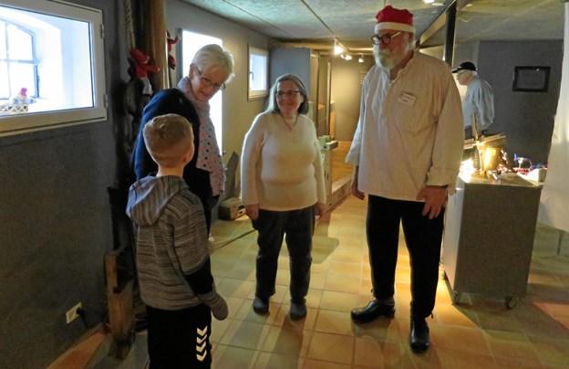 I søndags holdt Havnø Mølles Venner det traditionelle julearrangement. Børnene deltog i jagten på at finde nisser, der havde gemt sig og fandt de alle, var der en lille overraskelse. ?Foto/tekst: hhr-freelance.dk