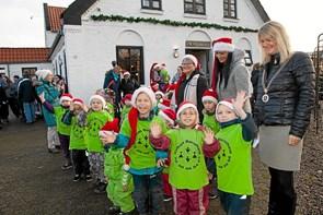 Rigtig mange mødte op til Ålbæks julemarked