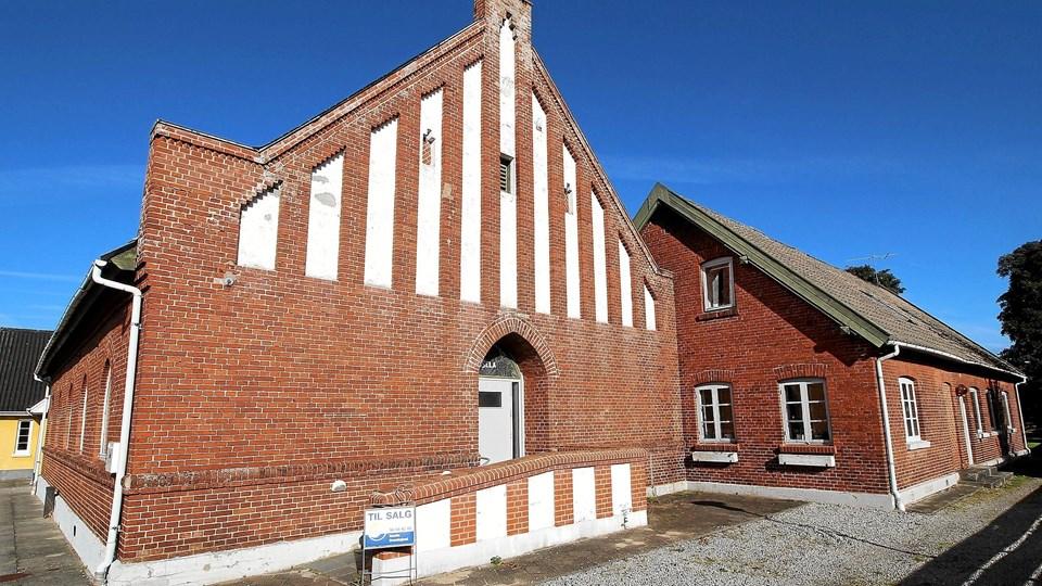 Det gamle missionshus, der er fra 1901, er nu sat til salg. De mange aktiviteter er flyttet til Sognegården. Foto: Jørgen Ingvardsen