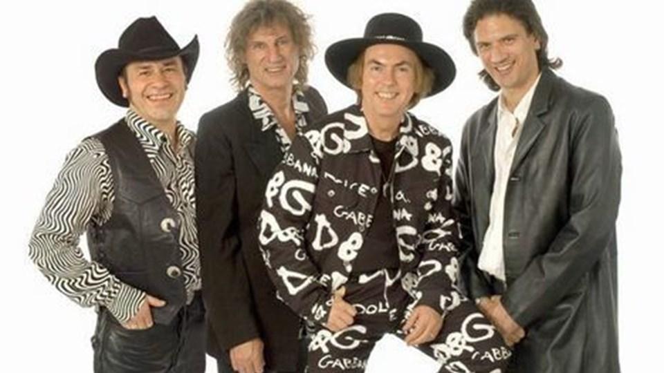Slade er bl.a. kendt for Merry Christmas Everybody, der fortsat er mellem verdens fem mest spillede melodier i tiden op til jul. ARKIVFOTO