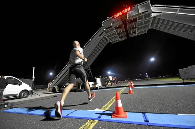 Runway Night Run byder på en helt unik løbeoplevelse. Foto: privat