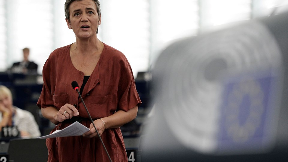 European Commissioner for Competition Margrethe Vestager speaks a debate on the EU's Apple ruling in back taxes at the European Parliament in Strasbourg, eastern France, on September 14, 2016. The European Commission last week ordered Apple to pay a record 13 billion euros (15 billion USD) in back taxes in Ireland, a move Washington warned could damage hugely important transatlantic economic ties. / AFP PHOTO / FREDERICK FLORIN