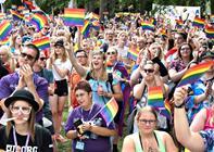 Fest i Karolinelund: Aalborg Pride løfter sløret for årets hovednavne