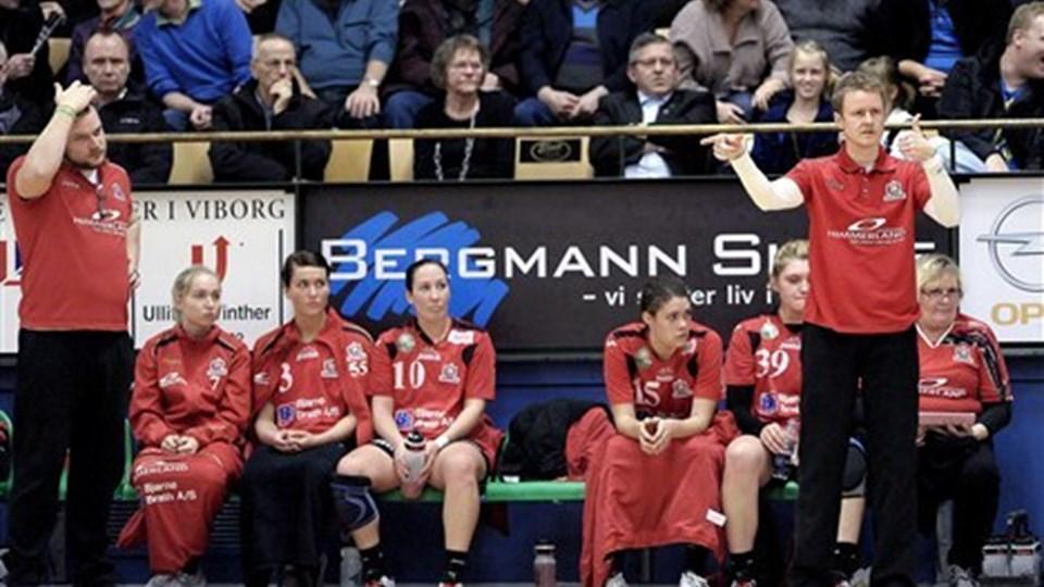 Cheftræner Allan Heine (th.) og Aalborg DH tabte til KIF Vejen. Foto: Lars Pauli