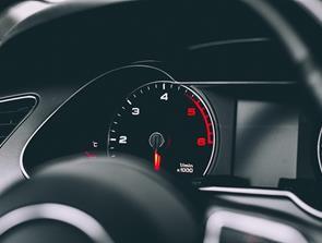 Sådan spotter du en bil med kilometersnyd