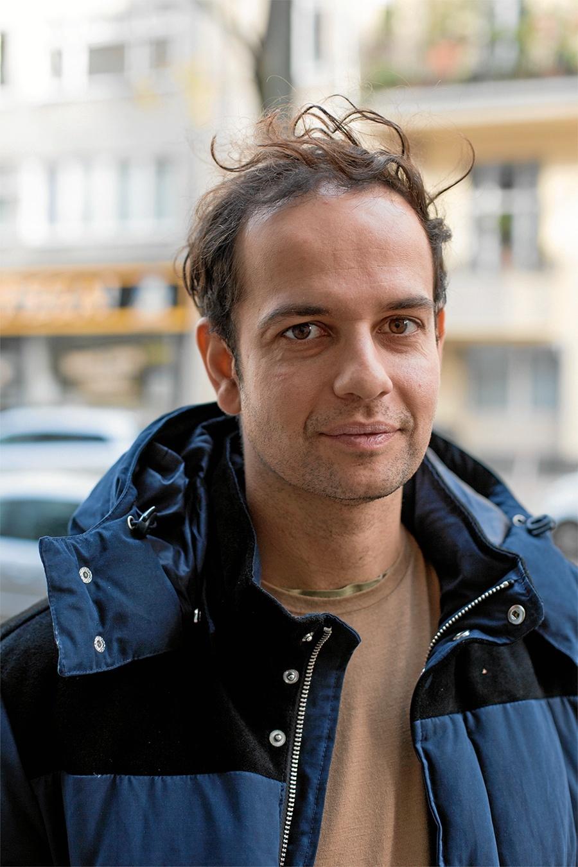 Den tyske kunstner Tino Sehgal er manden bag kunstværket This Succes or This Failure