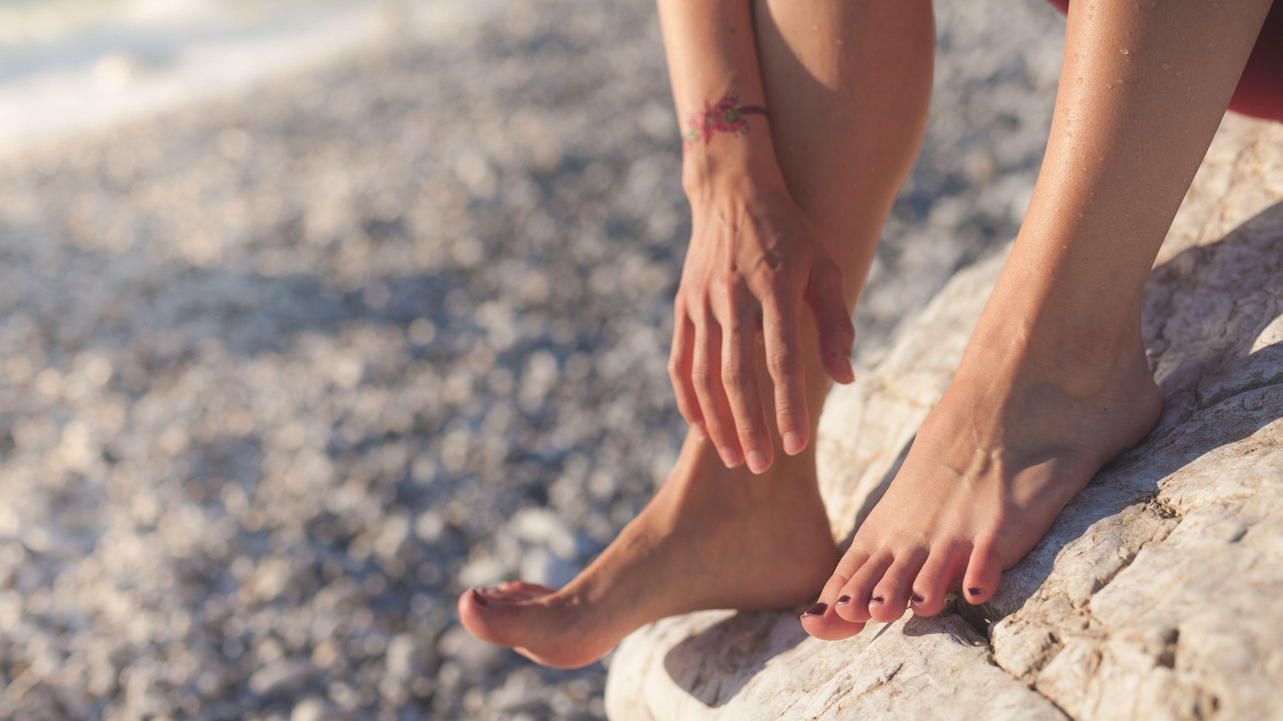 Hvorfor får vi ømme fødder?