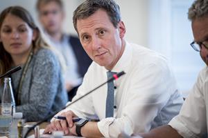 Udskældt tolkefirma åbner for at stoppe kontrakt før tid