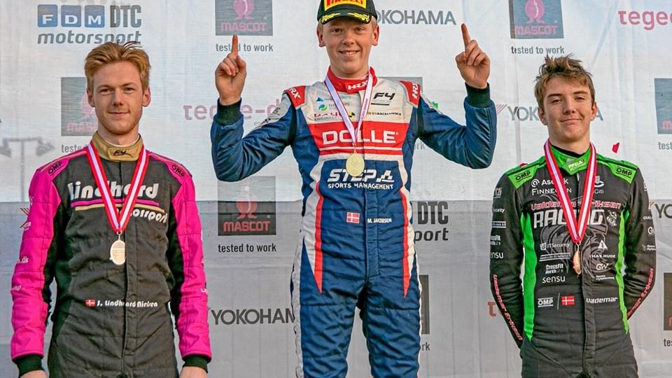 Malthe Jakobsen kunne i weekenden fejre sin titel som danmarksmester i Formel 4. Foto: Boxengasse