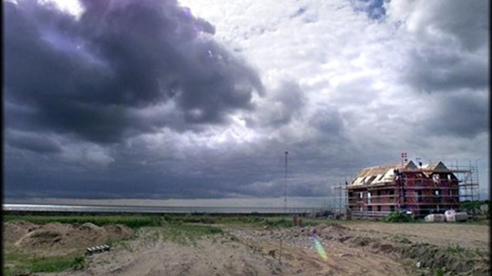 Det vil regne og blæse det meste af ugen. Men DMI har et spinkelt håb om bedre vejr i den kommende weekend. Arkivfoto: Kim Dahl Hansen.