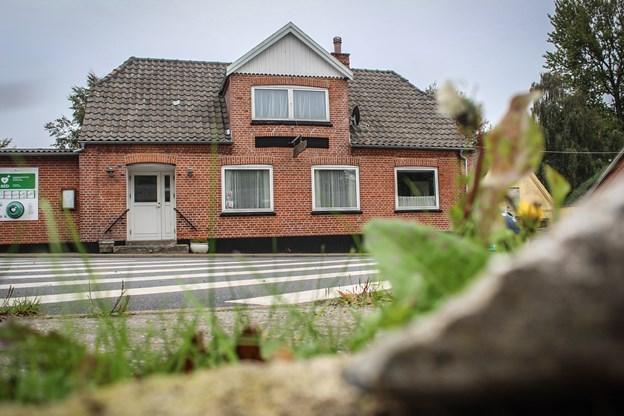 Bonderup Forsamlingshus har fået 300.000 kroner af kultur-, fritids- og landdistriktsudvalget til at renovere taget og murværket, samt at efterisolere.  Foto: Frederikke Sebelius Jensen