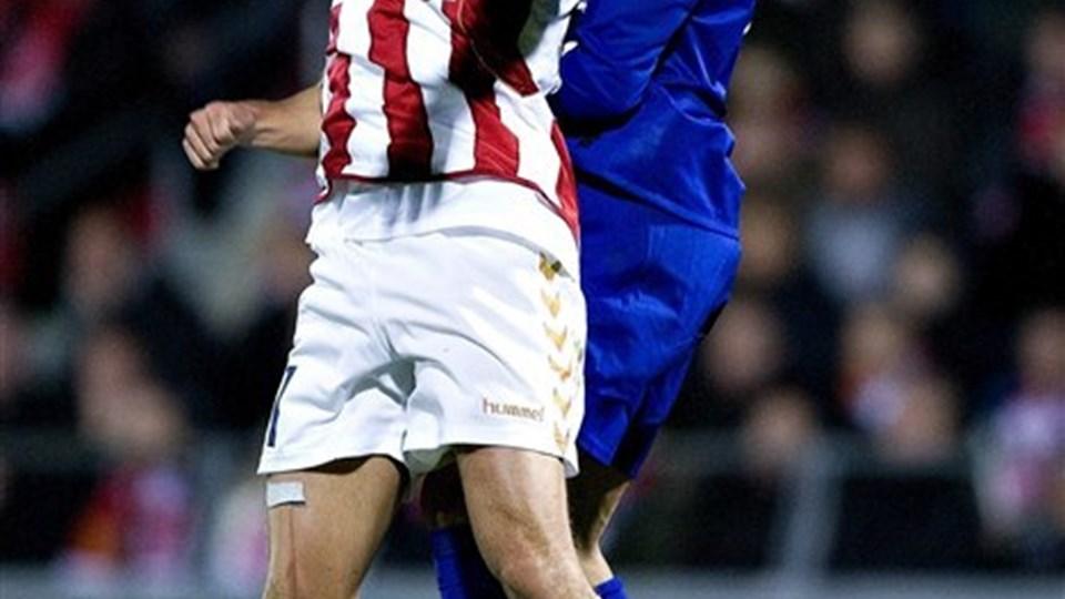 Kasper Risgård var senest i aktion for AaB mod Manchester United. Nu nærmer han sig kampform igen