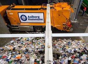 Grønt tilbud på vej: Firmaer i Aalborg midtby kan få hentet deres affald