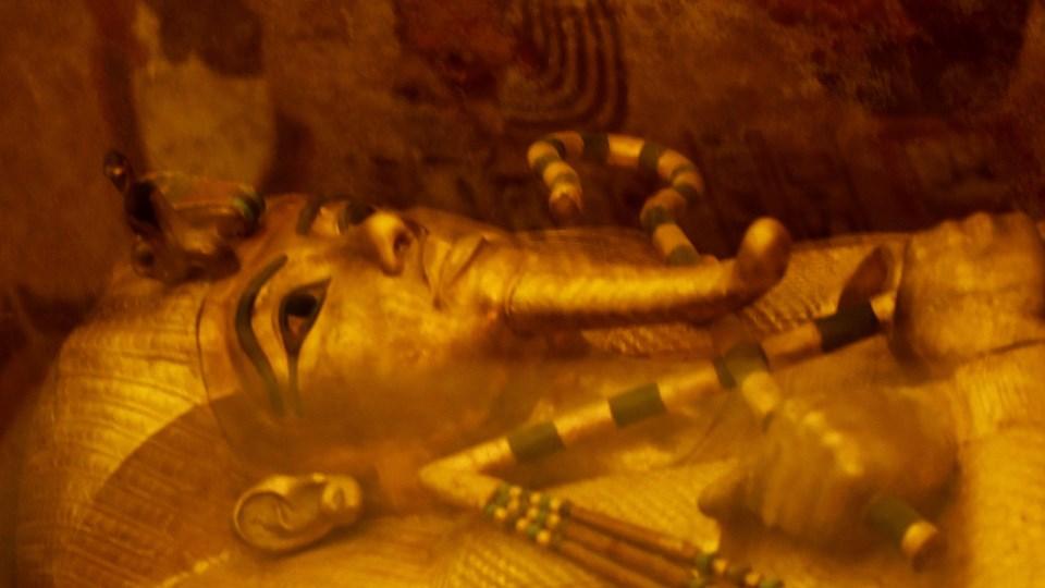 Et kig inde i Tutankhamuns gravkammer i Kongernes Dal, som ligger tæt på Luxor omkring 500 kilometer syd for Kairo, Egyptens hovedstad. Foto: Scanpix/Mohamed El-shahed