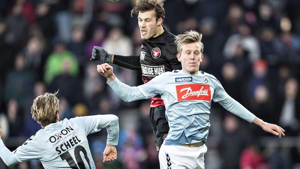 FC Midtjylland fik måske lidt for let spil, da holdet for en måned siden slog Sønderjyske med 2-1 i Alka Superligaen. I øjeblikket undersøges kampen i DIF's matchfixingsekretariat. Foto: Scanpix/Henning Bagger / Arkiv