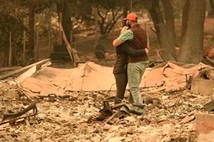 Mindst 42 er omkommet i den dødeligste brand i Californien