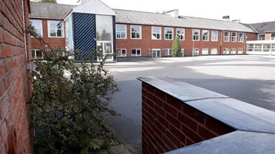 Meget tyder på, at skolebygningerne i Mosbjerg også vil blive brugt efter sommerferien, selv om den kommunale folkeskole lukker.Arkivfoto: Bente Poder