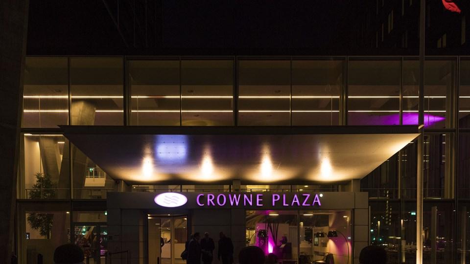Venstre holder fredag aften hovedbestyrelsesmøde på Hotel Crowne Plaza i København.