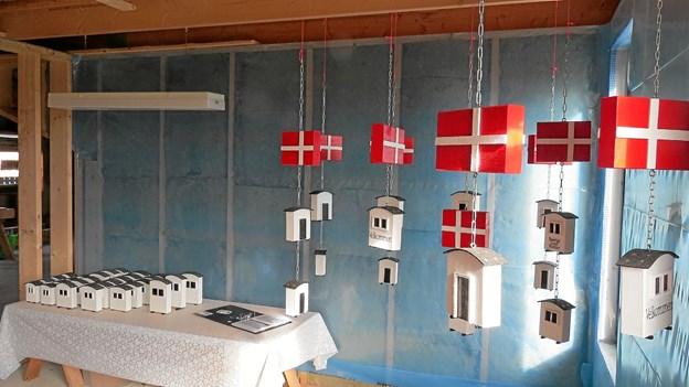 Husene kan varieres lige efter ønske også med andre nationalflag. Foto: Kirsten Olsen