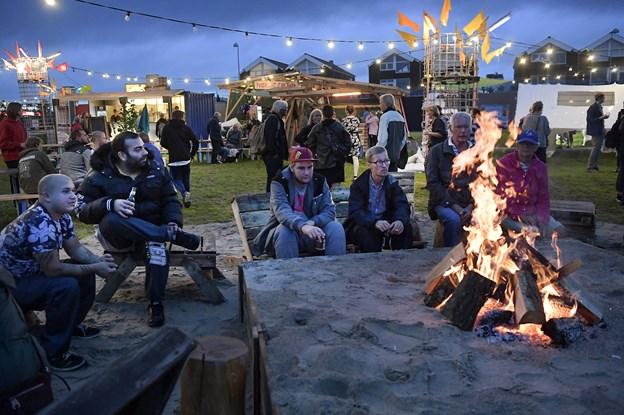Tipi-telte, bål og brændestabler på kulturmødet: Her kan man blive forarget, forskrækket eller forelsket