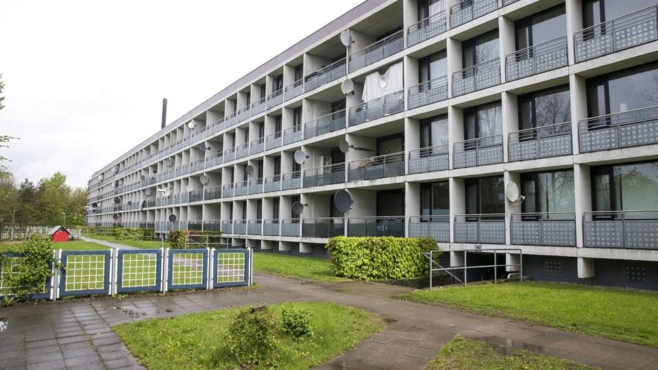 Ansøgere fra 10 udsatte boligområder i Aarhus, blandt andet Gellerupparken, skal fordeles på byens syv gymnasier for at sikre en mangfoldig elevsammensætning. Foto: Scanpix/Axel Schütt/arkiv