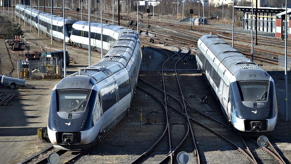 Der kører færre tog over Sjælland end planlagt tirsdag morgen, oplyser DSB. (Arkivfoto)